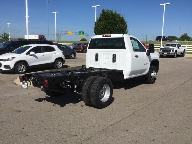 2020 Chevrolet Silverado 3500 Regular Cab DRW 4x2, Cab Chassis #C203118 - photo 1