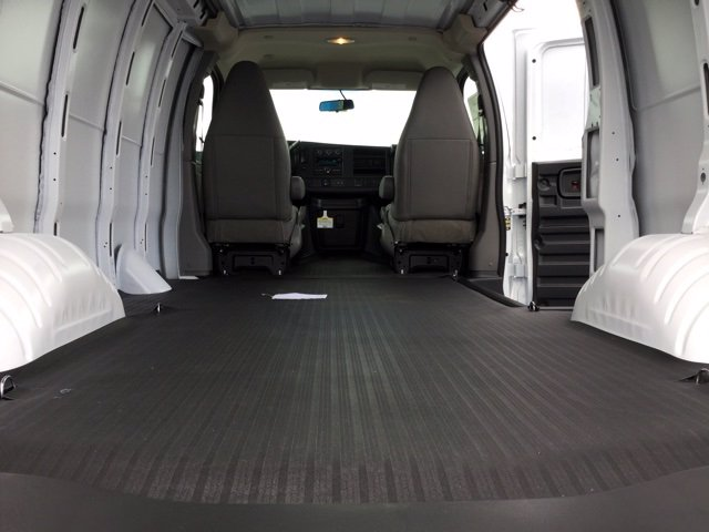 2020 Chevrolet Express 2500 4x2, Empty Cargo Van #C203205 - photo 1
