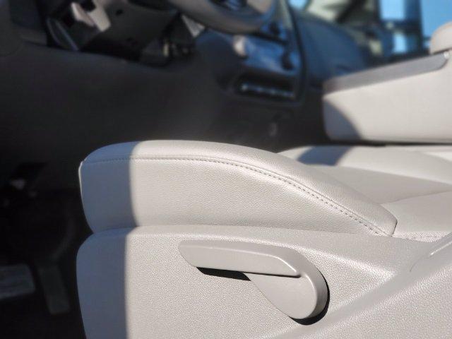 2020 Chevrolet Silverado 5500 Regular Cab DRW 4x4, Knapheide Steel Service Body #C203256 - photo 40
