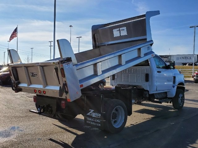 2020 Chevrolet Silverado 5500 Regular Cab DRW 4x4, Rugby Z-Spec Dump Body #C203265 - photo 2