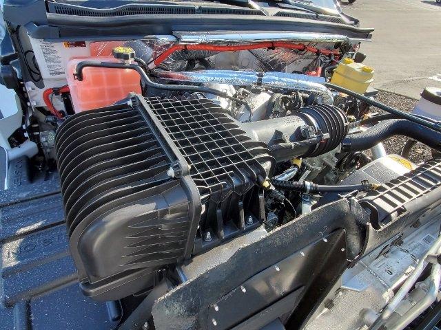 2020 Silverado 5500 Regular Cab DRW 4x4,  Knapheide Steel Service Body #C203284 - photo 17