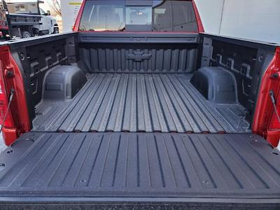 2021 Chevrolet Silverado 1500 Crew Cab 4x4, Pickup #C210353 - photo 13