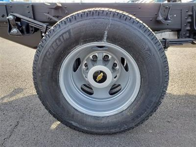 2021 Chevrolet Silverado 3500 Crew Cab AWD, Cab Chassis #C213073 - photo 11