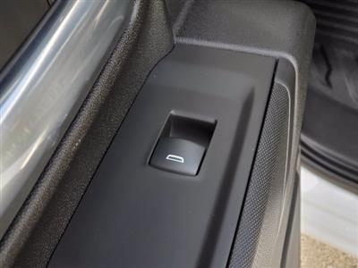 2021 Chevrolet Silverado 3500 Crew Cab AWD, Cab Chassis #C213073 - photo 20