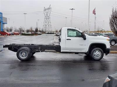 2021 Chevrolet Silverado 3500 Regular Cab 4x2, Cab Chassis #C213088 - photo 9