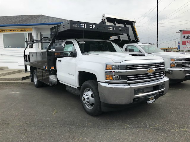 2018 Silverado 3500 Regular Cab DRW 4x4,  Knapheide Contractor Body #11776 - photo 3