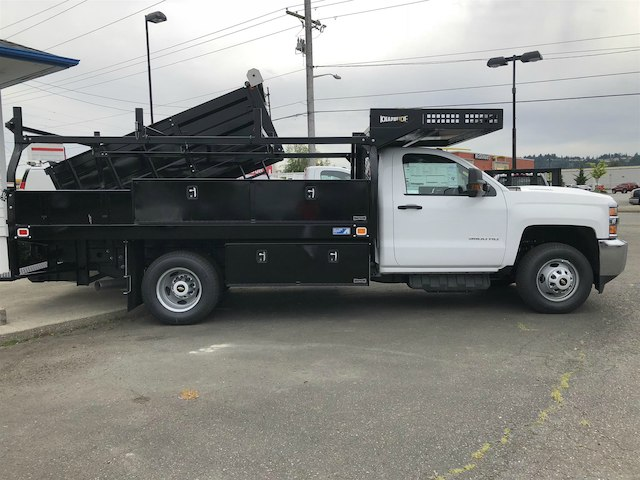 2018 Silverado 3500 Regular Cab DRW 4x4,  Knapheide Contractor Body #11776 - photo 7