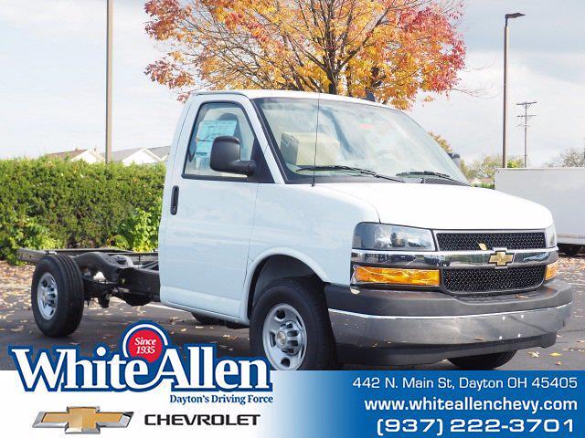 2020 Chevrolet Express 3500 4x2, Cutaway #T20942 - photo 1
