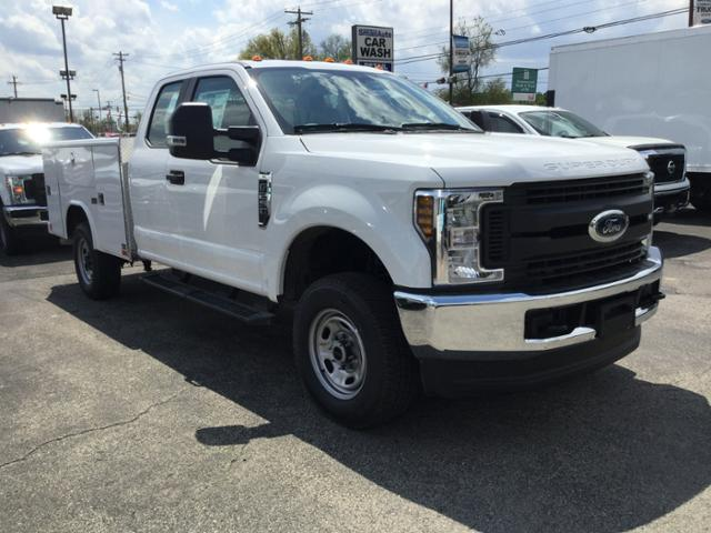 2018 F-250 Super Cab 4x4,  Reading Service Body #F02470 - photo 4