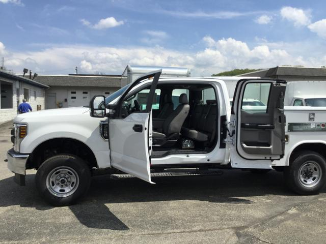 2018 F-250 Super Cab 4x4,  Reading Service Body #F02470 - photo 9