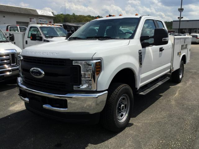 2018 F-250 Super Cab 4x4,  Reading Service Body #F02471 - photo 3