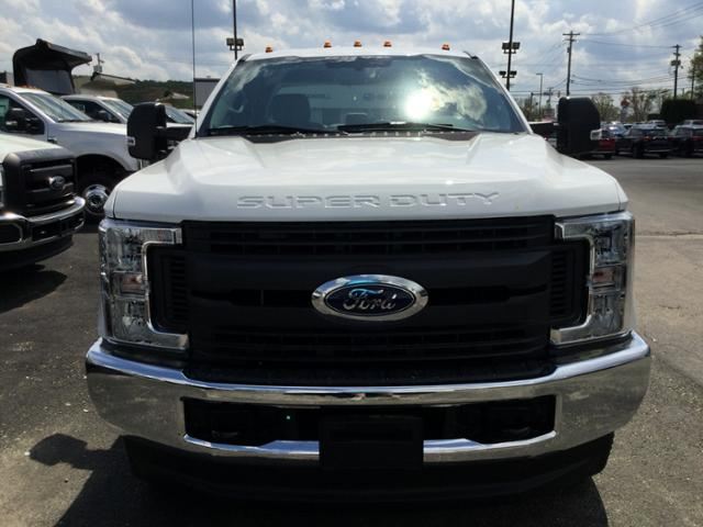2018 F-250 Super Cab 4x4,  Reading Service Body #F02471 - photo 4