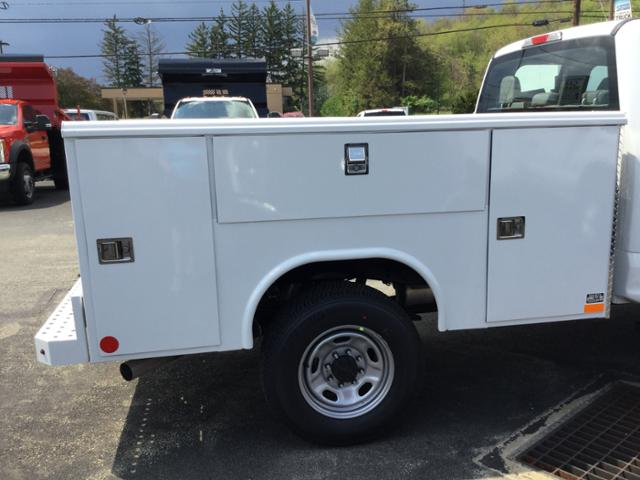 2018 F-250 Super Cab 4x4,  Reading Service Body #F02471 - photo 5