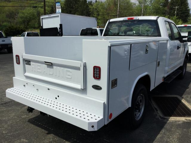 2018 F-250 Super Cab 4x4,  Reading Service Body #F02471 - photo 2