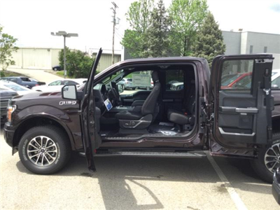 2018 F-150 Super Cab 4x4, Pickup #F02475 - photo 10