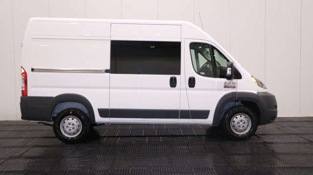 2018 ProMaster 2500 High Roof 4x2,  Empty Cargo Van #CJ1853 - photo 3