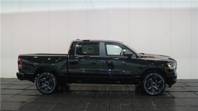 2019 Ram 1500 Crew Cab 4x4, Pickup #CJ2269 - photo 3