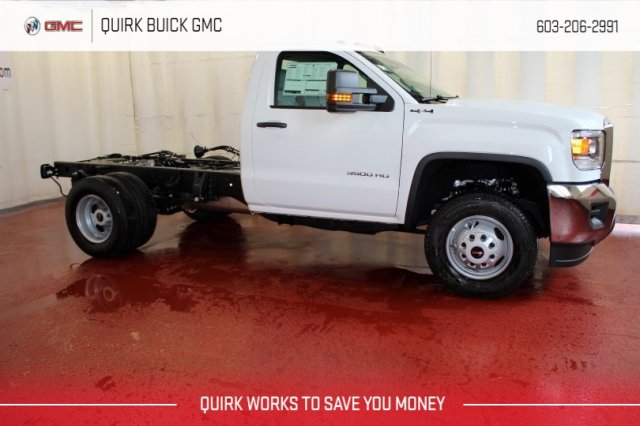 2017 Sierra 3500 Regular Cab DRW 4x4, Cab Chassis #G13944 - photo 3