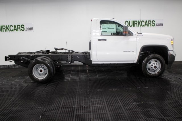 2018 Sierra 3500 Regular Cab DRW 4x4,  Cab Chassis #G14686 - photo 3