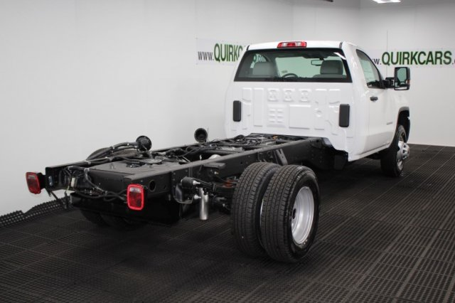 2018 Sierra 3500 Regular Cab DRW 4x4, Cab Chassis #G14725 - photo 2