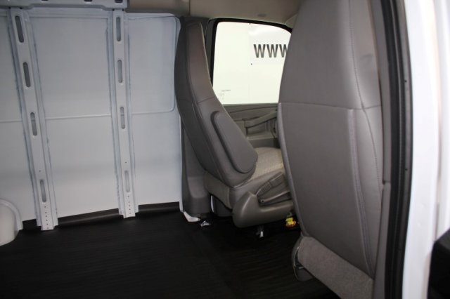 2018 Savana 2500 4x2,  Empty Cargo Van #G15125 - photo 11
