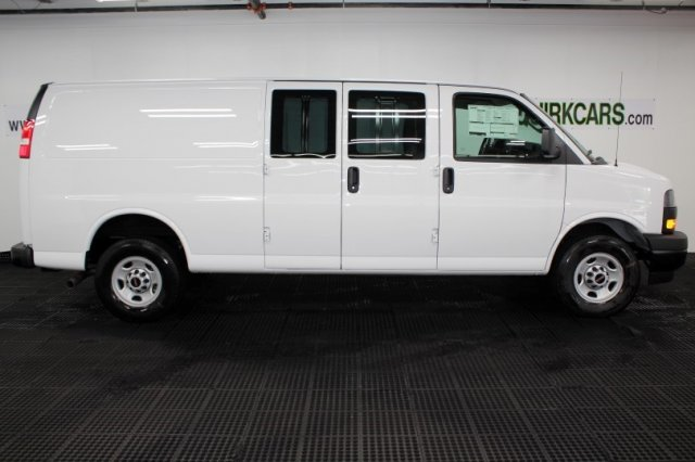2018 Savana 2500 4x2,  Empty Cargo Van #G15125 - photo 3