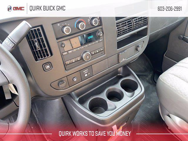 2021 GMC Savana 3500 4x2, Unicell Aerocell CW Cutaway Van #G17943 - photo 10