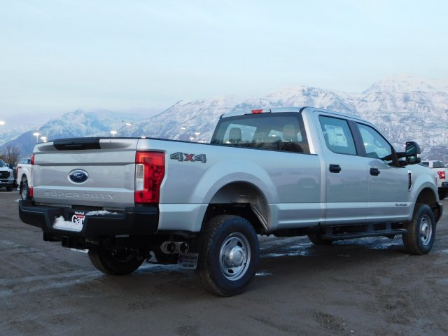 2019 F-350 Crew Cab 4x4,  Pickup #1F90186 - photo 2