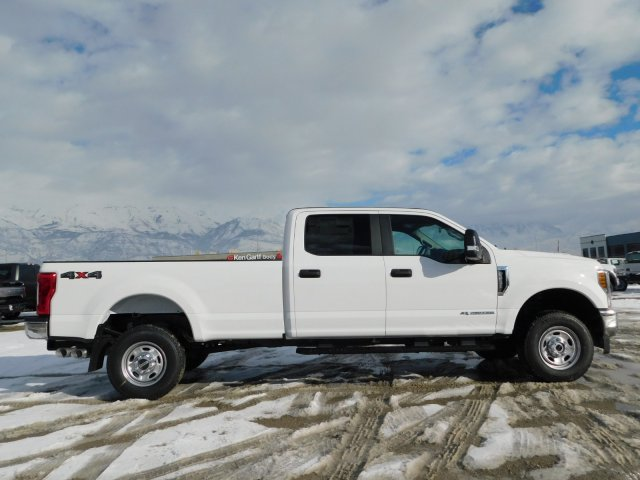 2019 F-250 Crew Cab 4x4,  Pickup #1F90236 - photo 3