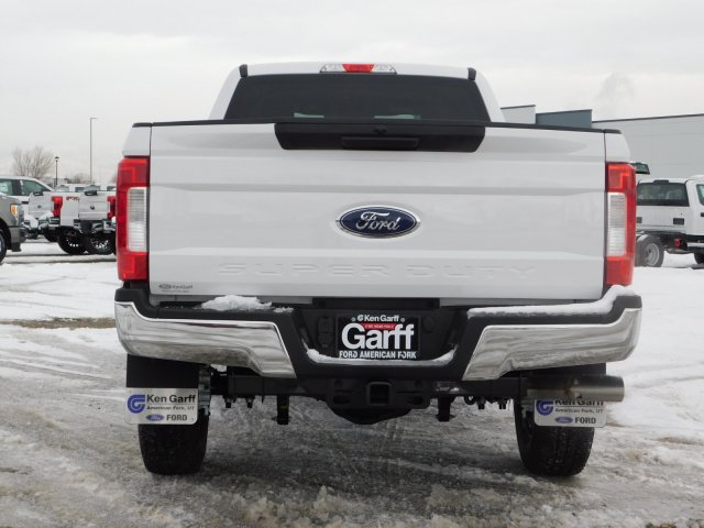 2019 F-250 Crew Cab 4x4,  Pickup #1F90248 - photo 4