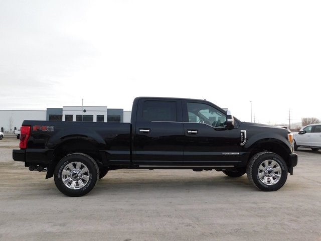 2019 F-350 Crew Cab 4x4,  Pickup #1F90723 - photo 3