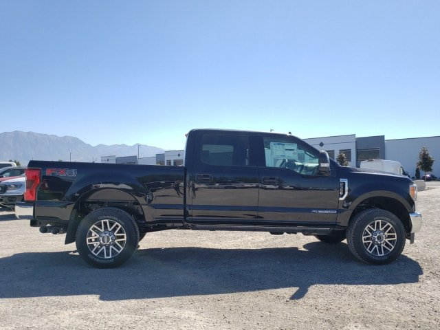2019 F-350 Crew Cab 4x4, Pickup #1F91147 - photo 3