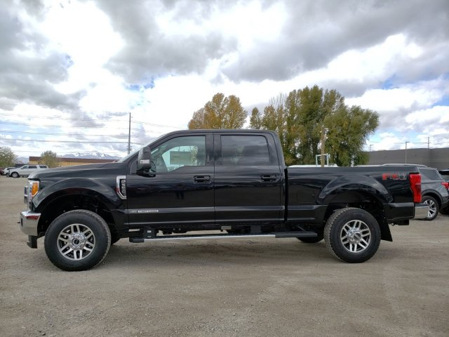 2019 F-350 Crew Cab 4x4, Pickup #1F91550 - photo 6