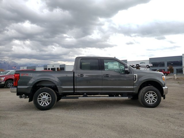 2019 F-350 Crew Cab 4x4,  Pickup #1F91551 - photo 3