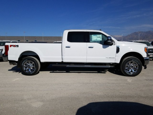 2019 F-350 Crew Cab 4x4, Pickup #1F91637 - photo 3