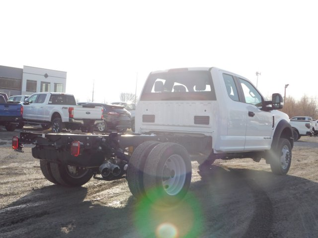 2019 F-550 Super Cab DRW 4x4,  Cab Chassis #1FD1844 - photo 2