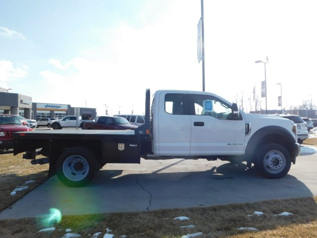 2019 F-550 Super Cab DRW 4x4,  CM Truck Beds Platform Body #1FD1845 - photo 3
