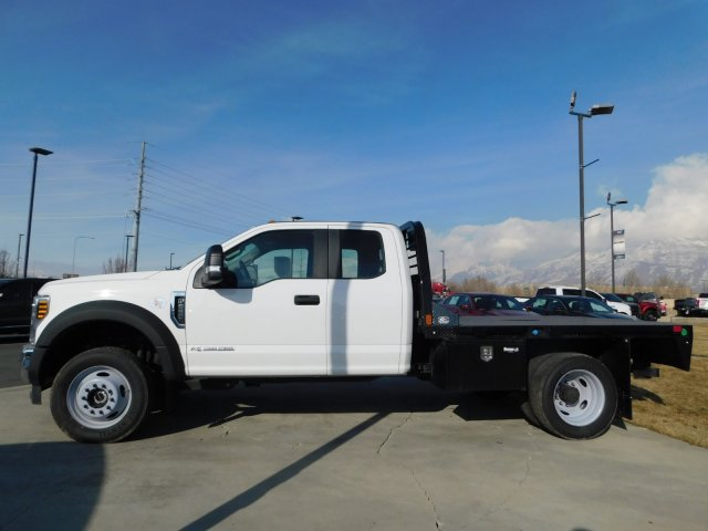 2019 F-550 Super Cab DRW 4x4,  CM Truck Beds Platform Body #1FD1845 - photo 6