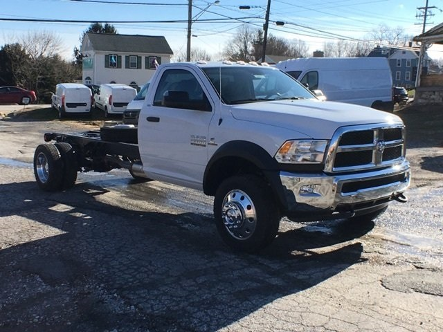 2017 Ram 5500 Regular Cab DRW 4x4, Cab Chassis #22619 - photo 4