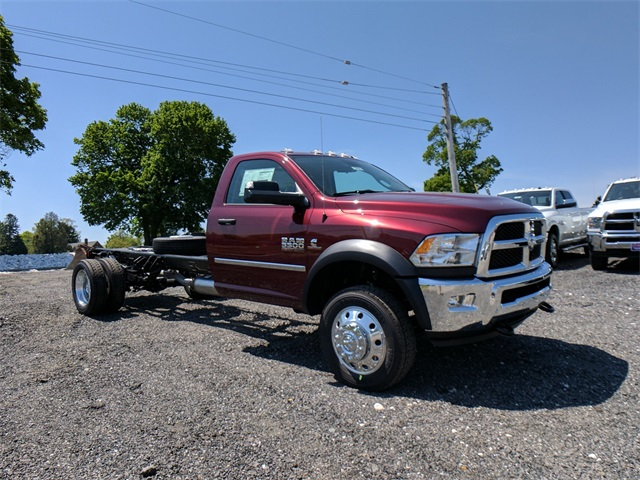 2017 Ram 5500 Regular Cab DRW, Cab Chassis #22830 - photo 4