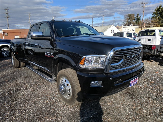 2018 Ram 3500 Crew Cab DRW 4x4, Pickup #23189 - photo 5
