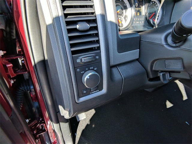 2018 Ram 3500 Crew Cab 4x2,  Pickup #23356 - photo 18