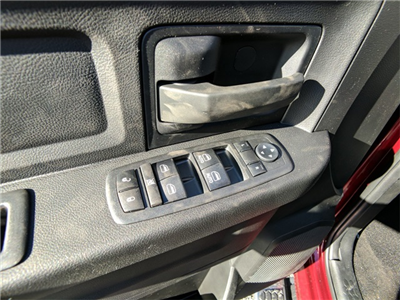 2018 Ram 3500 Crew Cab 4x2,  Pickup #23356 - photo 17