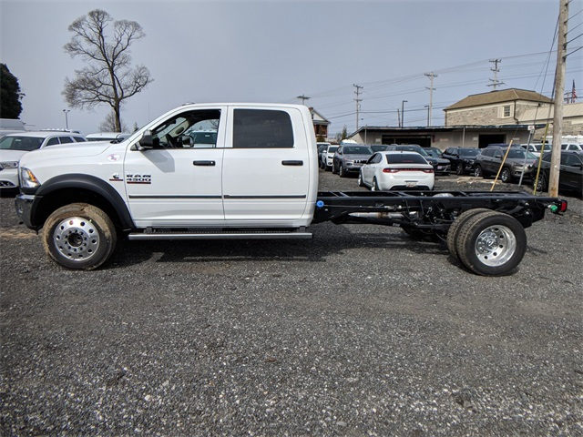 2018 Ram 4500 Crew Cab DRW, Cab Chassis #23374 - photo 3