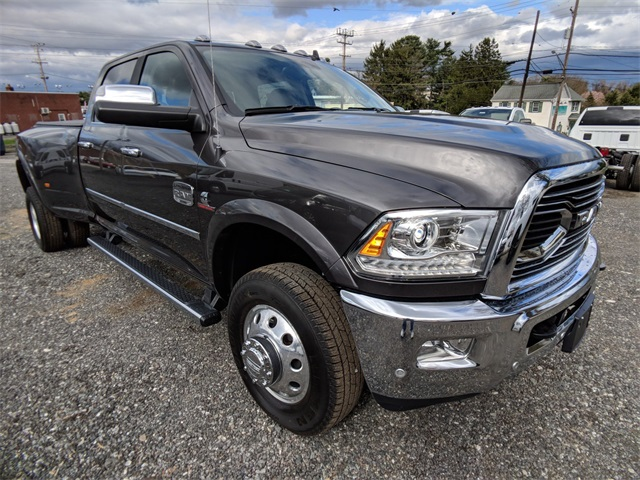 2018 Ram 3500 Crew Cab DRW 4x4,  Pickup #23385 - photo 7