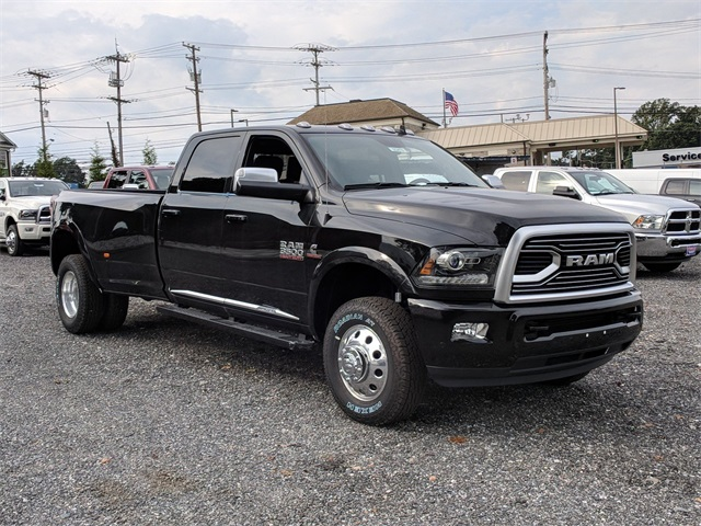 2018 Ram 3500 Crew Cab DRW 4x4,  Pickup #23419 - photo 4