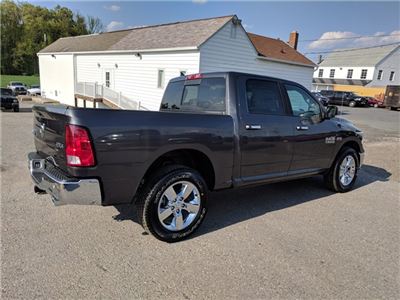 2018 Ram 1500 Crew Cab 4x4,  Pickup #23502 - photo 3