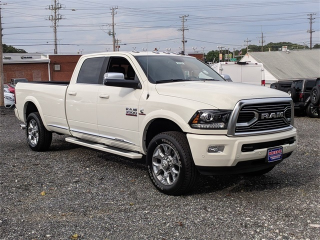 2018 Ram 3500 Crew Cab 4x4,  Pickup #23736 - photo 4