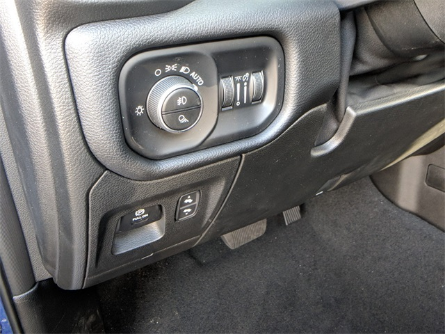 2019 Ram 1500 Crew Cab 4x4,  Pickup #23740 - photo 15