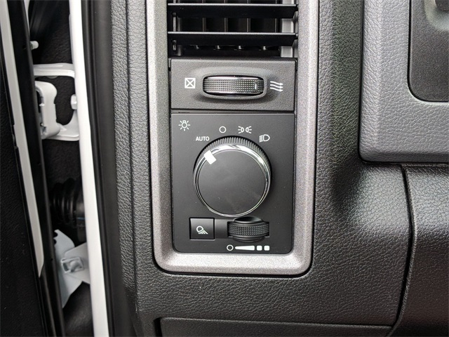 2018 Ram 2500 Crew Cab 4x4,  Pickup #23762 - photo 14